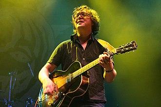 Gomez (band) - Tom Gray Beautiful Days Festival, Devon, Main Stage, 18 August 2006