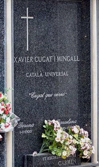 Xavier Cugat - Xavier Cugat's tomb in Girona's old cemetery
