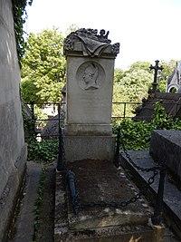 Tombe de Laure Junot duchesse d'abrantes (division 22).JPG