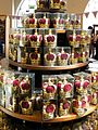 Tower of London Shop - panoramio (2).jpg