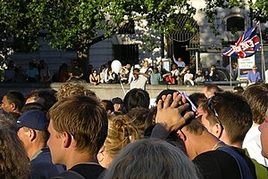 7 July 2005 London bombings memorials and services - Londoners in Trafalgar Square on the evening of 14 July 2005