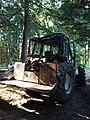 Tracteur New Holland TM125 avec équipement forestier (Rhône, France) 3.jpg