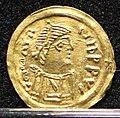 Tremisse a nome di maurizio tiberio, ticinum-pavia 625-675 ca. 01.jpg