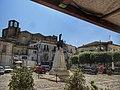 Tricarico, monumento ai caduti in piazza Garibaldi.jpg