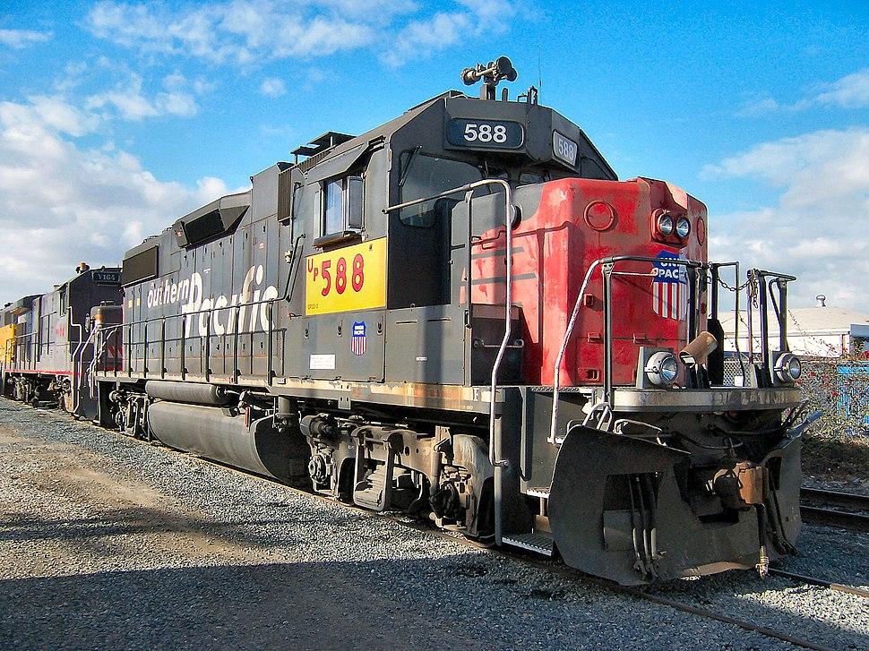 UP GP38-2 588