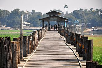 U Bein Bridge - U Bein Bridge, January 2010