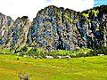 Vacheresse. Falaises du mont Chauffé et chalets d'Ubine. 2015-06-20.JPG