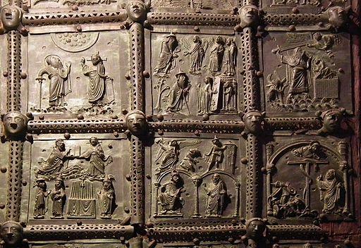 Verona, Basilica di San Zeno, bronze door 004