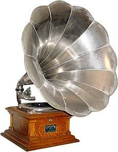 Inventos e inventores  - Página 2 230px-VictorVPhonograph