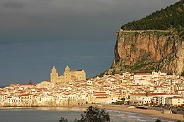 View of Cefalù - Cefalù - Italy 2015 (4).JPG