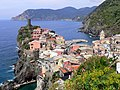 View of Vernazza (from the South end) (4712254720).jpg