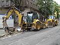 Vinohrady, Bělehradská, rekonstrukce TT, stavební stroje u koleje Budeč.jpg