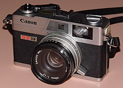 Vintage Canon G-III QL17 35mm Rangefinder Camera, Third Generation Of The Canonet, Made In Taiwan, Sold From 1972 - 1982 (14950755346).jpg