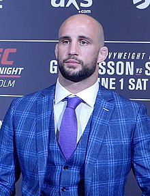 Volkan Oezdemir at UFC Fight Night 153 in Stockholm, Sweden.jpg