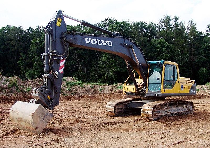 le nostre Compilation 800px-Volvo_Kettenbagger_EC290B_1