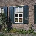 Voorgevel, origineel raam en kozijn met omgevend metselwerk - Schoonebeek - 20376067 - RCE.jpg