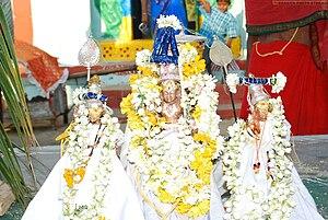 Koulutla Chenna Kesava Temple - Image: Vutasava idol chennakesava