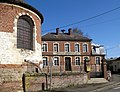 Warloy-Baillon mairie et chevet église 1.jpg