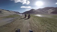 Податотека:Water crossing on Road from Pangong Tso to Tso Moriri.webm
