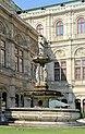 Wien, der Opernbrunnen.JPG