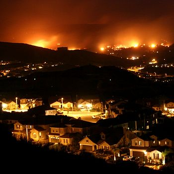 Wildfire in Santa Clarita, California in Octob...