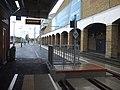 Wimbledon station Tramlink new platform 10a look north2 November 2015.JPG