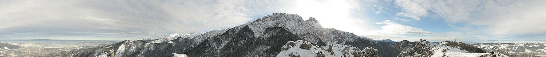 Zimowa panorama 360° ze szczytu