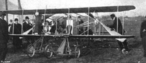 Wright Model R at Belmont Park, 1910.png