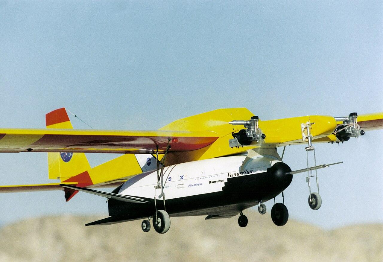 Model Y Wikipedia: File:X-33 Air Drop Model.jpg