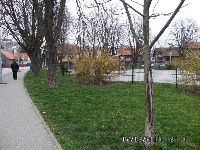 File:Zagreb, Kroatien - panoramio.jpg