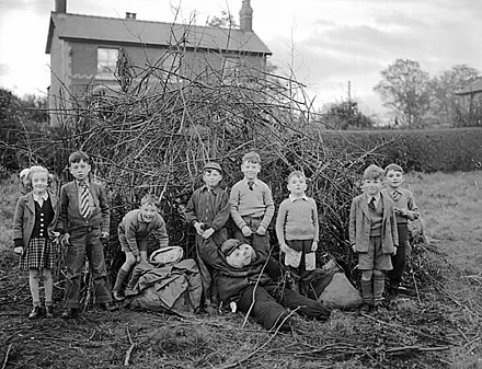 Children preparing for Guy Fawkes night celebrations (1954) (Guy Fawkes night at Chirk) (6302836170).jpg