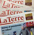 Éditions de l'hebdomadaire agricole La Terre de chez nous de novembre 2016.jpg