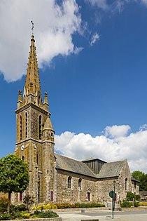 Église Saint-Pern, Saint-Pern, France.jpg