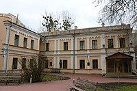 Київ, Будинок в якому бували видатні письменники та культурні діячі, Саксаганського вул., 95-б.jpg