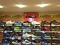 鞋全家福門市所拍攝的diadora專櫃. jpg.jpg