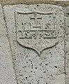 015 Escut a la dovella central del portal del carrer Major (Mont-roig del Camp).jpg