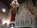 093 Castell de Santa Florentina (Canet de Mar), saló, llar de foc i penó dels Montaner.JPG