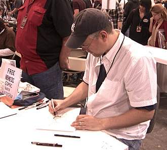 Steve McNiven - McNiven sketching at the New York Comic Con in Manhattan, October 10, 2010