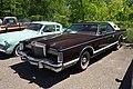 1978 Lincoln Continental Mark V Bill Blass Edition (28197192031).jpg