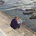 2011 reading newspaper Portugal 6560473297.jpg