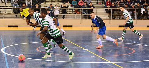 2015-02-28 17-31-58 futsal.jpg
