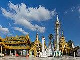 2016 Rangun, Pagoda Szwedagon (138).jpg