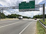 2019-05-27 13 10 04 View south along the inner loop of the Capital Beltway (Interstate 95 and Interstate 495) at Exit 22B (Baltimore-Washington Parkway South, Washington) in Greenbelt, Prince George's County, Maryland.jpg