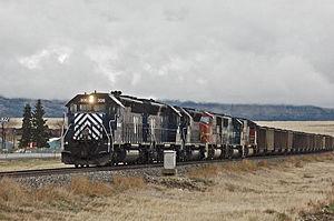 EMD SD45-2 - Image: 4 23 05 020East Helenax RP Flickr drewj 1946