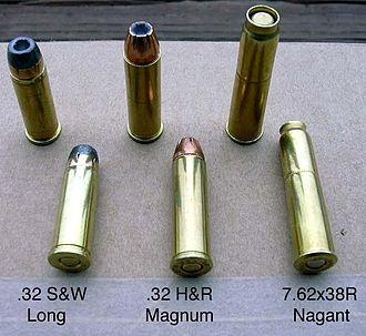 .32 H&R Magnum - Image: 76238comparison