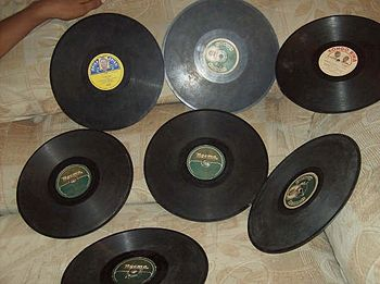 Old Congolese 78 rpm records, being the three ...