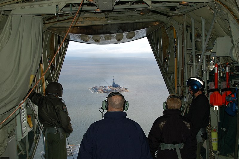 File:Admiral Allen and Dr. Lubchenco observe the North Star facility during an Arctic Domain Awareness flight (3840982573).jpg
