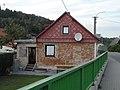 Adolfovice (Bělá pod Pradědem) G. Dům u mostu.jpg