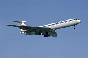Aeroflot Il-62M CCCP-86477 LHR 1983-2-18.png