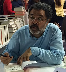 Ahmet Ümit at Kocaeli Book Exhibition, May 2016 (2).jpg